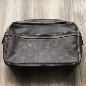 Louis Vuitton Monogram Clutch #26
